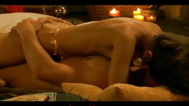 गैंगबैंग जासूस इंग्लिश की सेक्सी मूवी 3 सैंड्रा