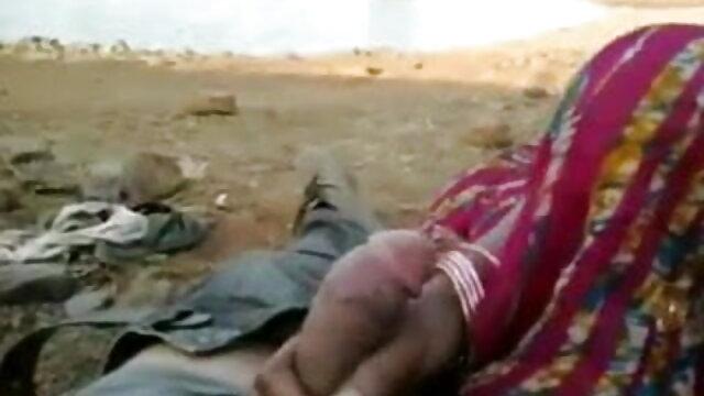 क्वेटा इंग्लिश सेक्सी मूवी वीडियो में