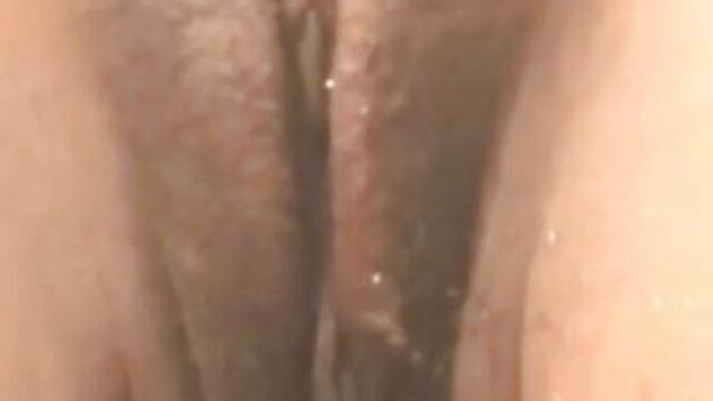 एमआईएलए मेकअप बड़े स्तन पीओवी बीजे सेक्सी इंग्लिश मूवी एचजे चेहरे