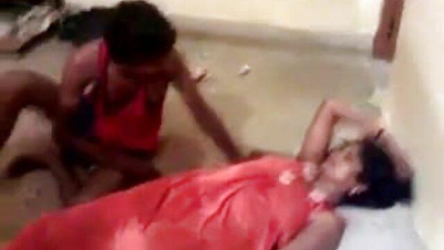 एक जंगली सेक्स पर बेब के साथ इंग्लिश सेक्स मूवी फुल परिपक्व कार्रवाई