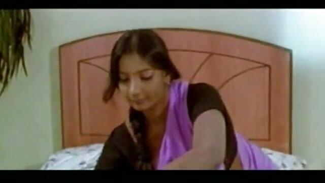 2 गर्म लड़कियों इंग्लिश सेक्स वीडियो फुल मूवी 395