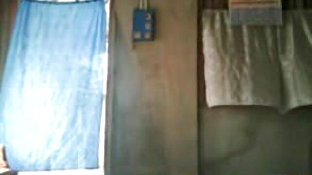 डिल्डो blowjob और डीप गले सेक्स वीडियो के साथ श्यामला हिंदी सेक्सी मूवी इंग्लिश