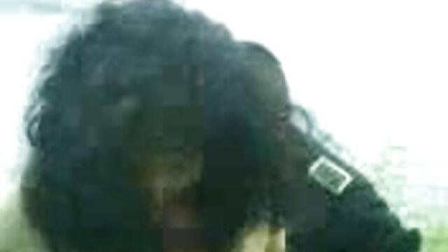 लब्ध इंग्लिश हिंदी सेक्स मूवी काला मुर्गा ablonde लड़की द्वारा उड़ा दिया
